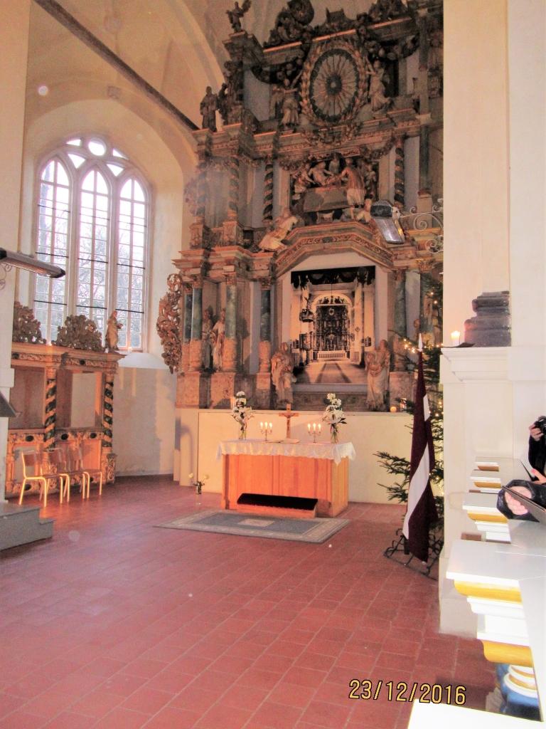 Turpinās Lestenes baznīcas interjera atjaunošanas darbi