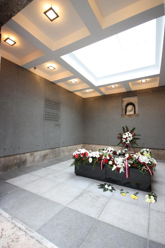 Piemiņas telpa svešumā kritušajam latviešu karavīram (2.depozitārijs)