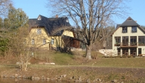 Dzīvojamā ēka, pirts un baseins Vijciemā